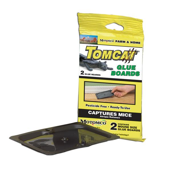 Tomcat Glue Boards 2 pack. Black plastic board with glue that captures mice.